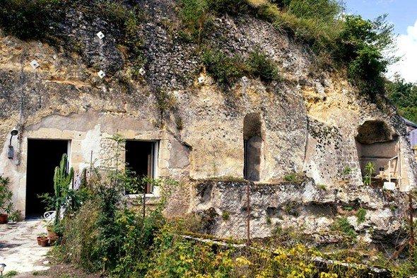 1 Euro'luk Mağarayı Bakın Neye Çevirdiler!