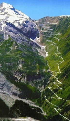 Dünyanın en sıradışı yolları 11