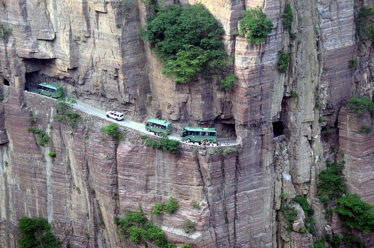 Dünyanın en sıradışı yolları 18