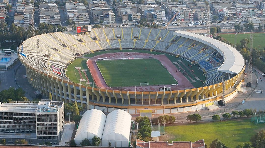 İzmir Atatürk Stadı Millet Bahçesi Olsun