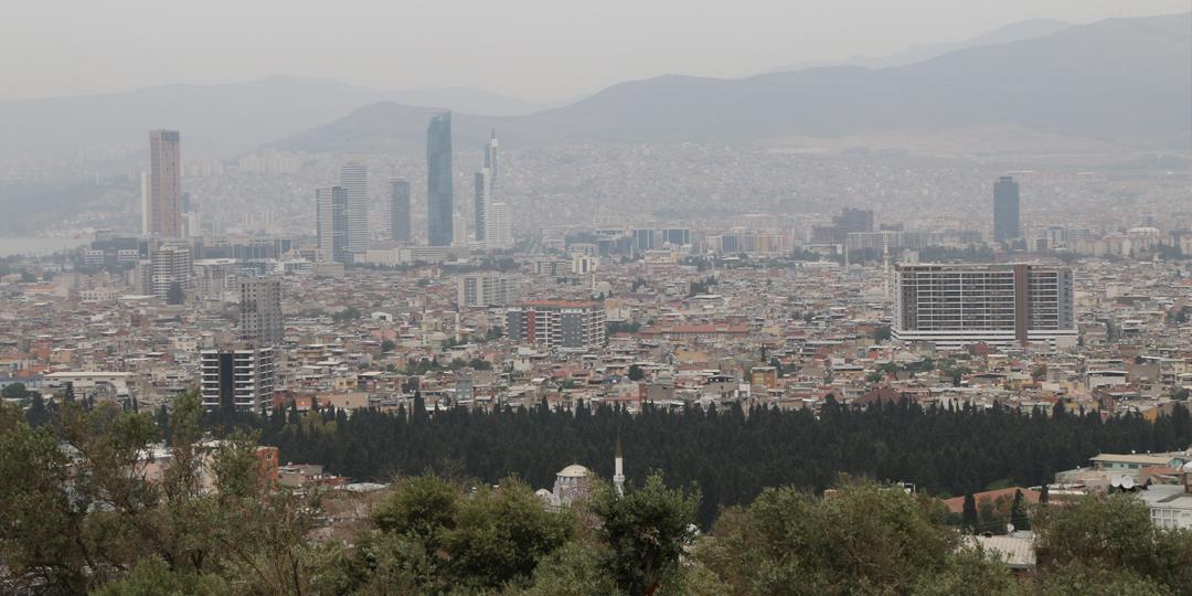 İzmir'de Arsa Fiyatlarının En Yüksek Olduğu 8 İlçe