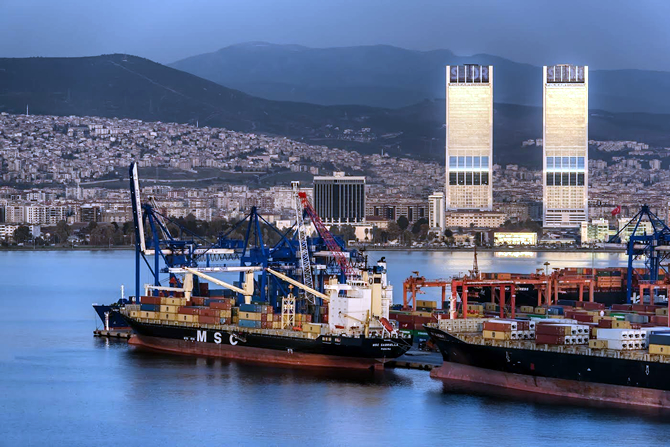 Alsancak Limanı'nın Yeni İmar Planları Askıdan İndi