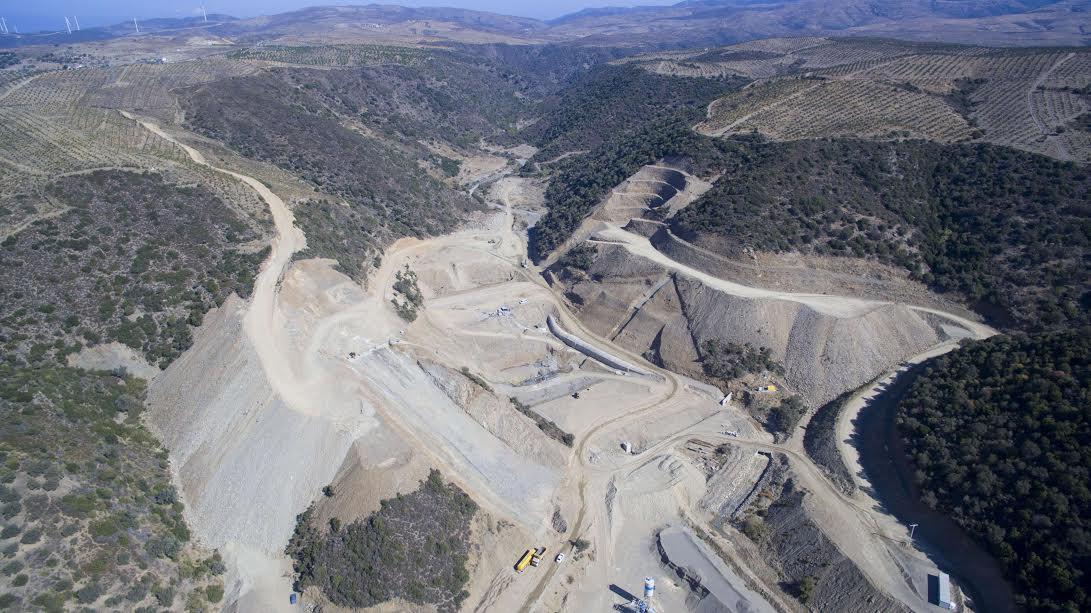 Karaburun Salman Barajının Yüzde 45'i Tamamlandı