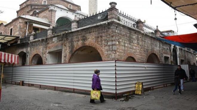 İzmir Ticaret Odası Kemeraltı'nda 28 Dükkan Kiraladı