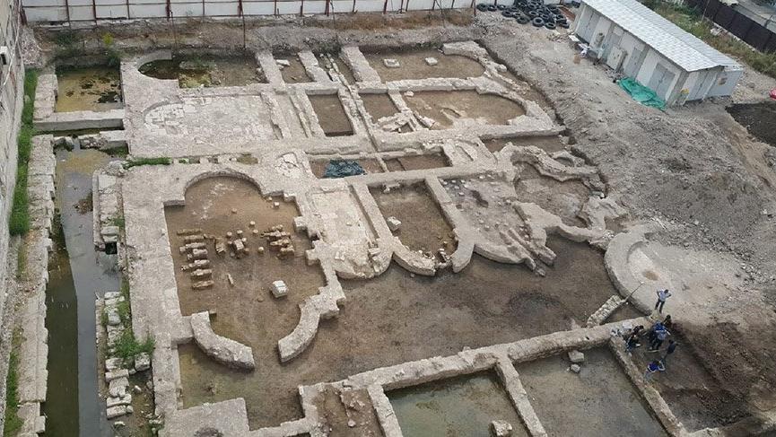 İzmir'deki İnşaat Alanında 'İmparatorluk Salonu' Bulundu