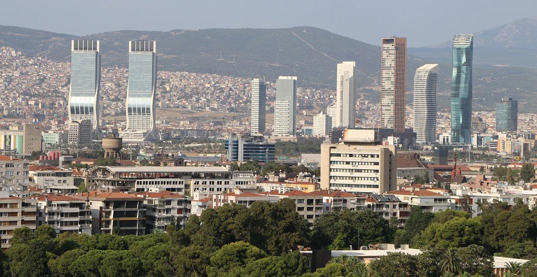 İzmir'in Vergi Rekortmeni Müteahhitleri