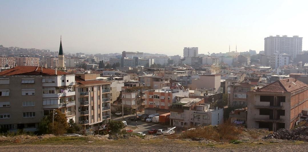 Karabağlar'da 30 Yıllık Parselasyon Sorunu Çözüldü