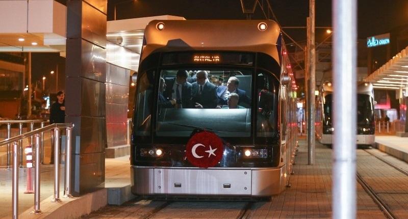Antalya Tramvay Hattı Açıldı