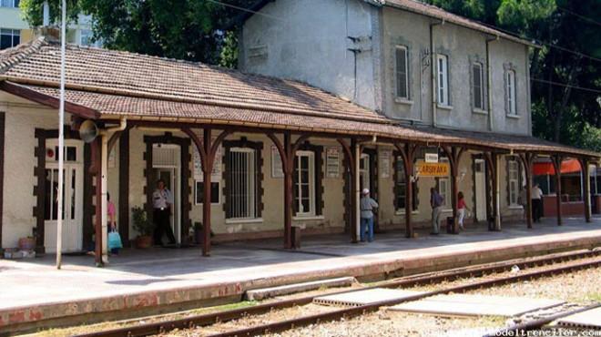 Karşıyaka'nın 125 Yıllık Tren İstasyonu Kiralık!