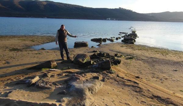 Deniz Geri Çekilince Antik İskele Ortaya Çıktı
