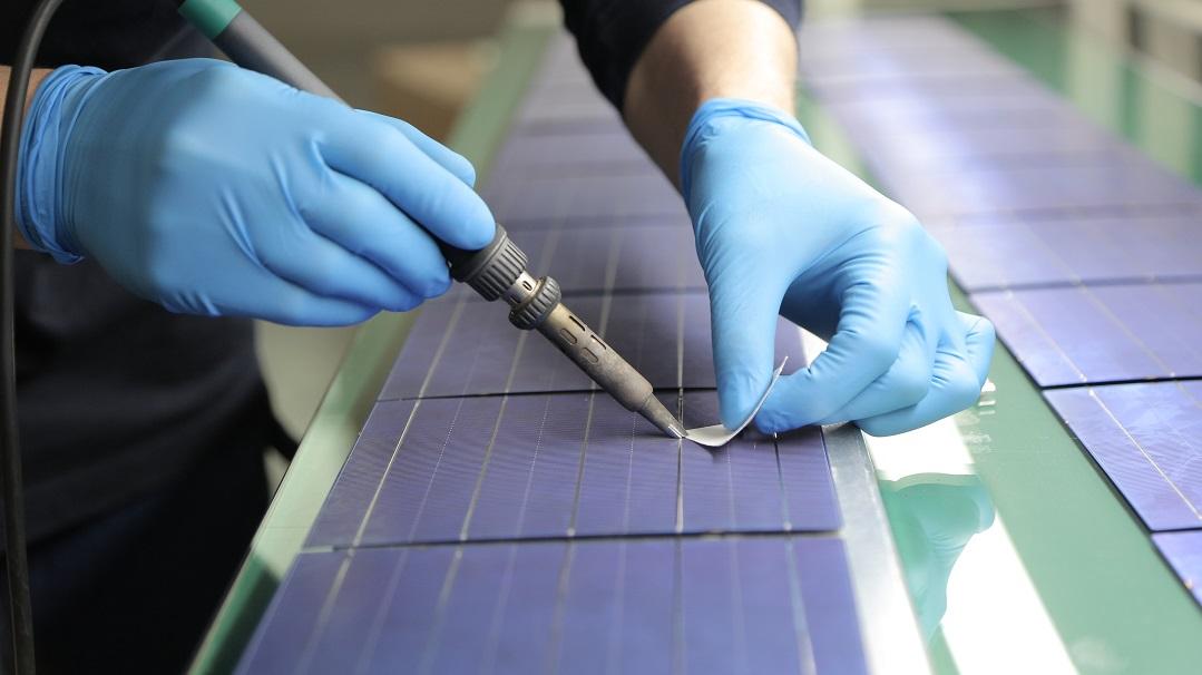 Smart Energy Avrupa'ya Güneş Enerjisi Paneli İhracatına Başladı