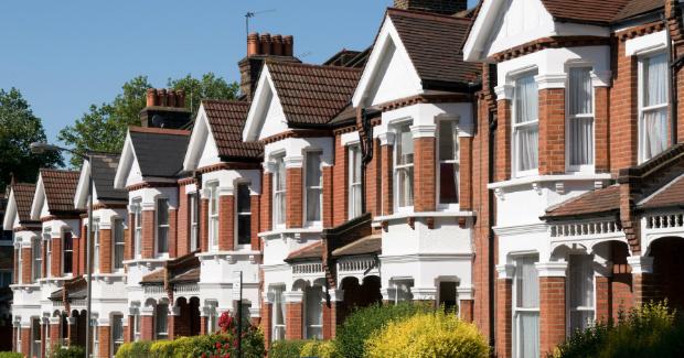 İngiltere'de Konut Fiyatları Yüzde 0,6 Arttı
