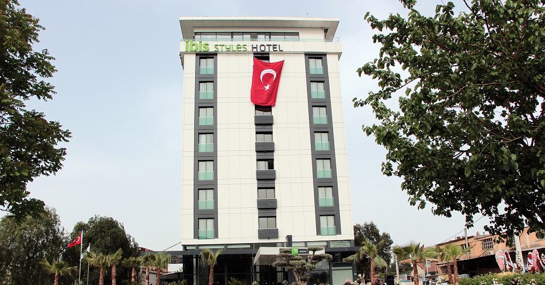 Bornova'nın İlk Oteli Açıldı