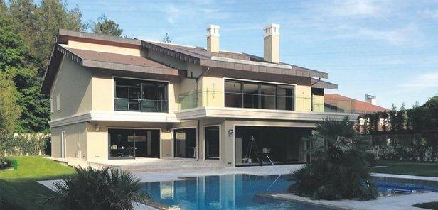 Ajda Pekkan Villasının Fiyatını Düşürdü