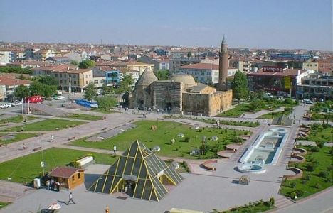 TOKİ'den Kırşehir Boztepe'ye 120 Konut!