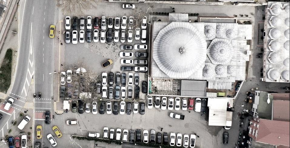 İstanbul'un tarihi mekanlarındaki otoparkları araştıran proje Brezilya yolcusu