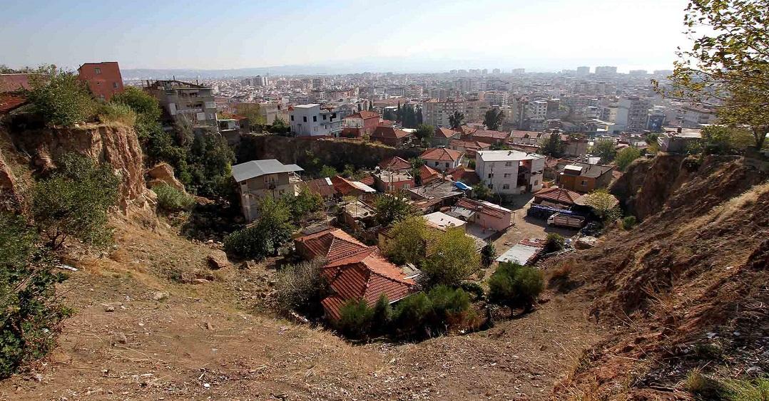 Karşıyaka Cumhuriyet Mahallesinde Kentsel Dönüşüm  Sorunu 6 Yıl Sonra Çözülüyor