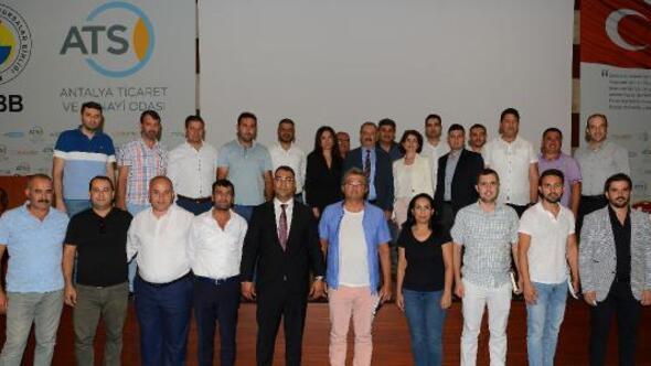 Antalya'da Yapı Müteahhitlerinin Sınıflandırılması Yönetmeliği Anlatıldı