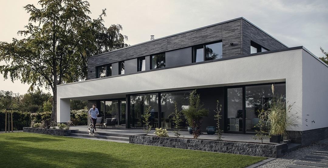 REHAU'nun Modern Mimari Pencereleri GENEO Yılın Ürünü Seçildi
