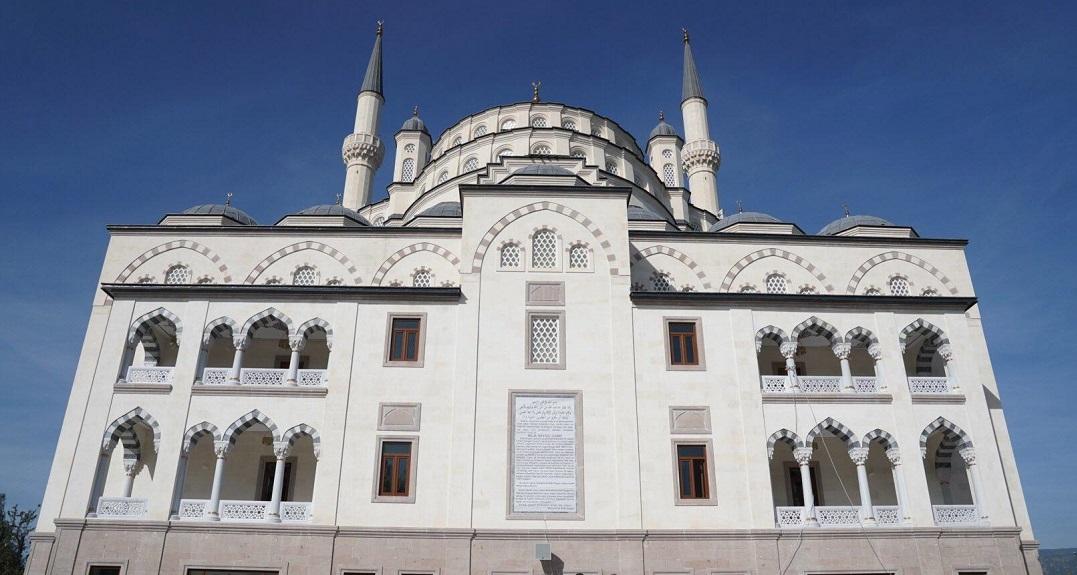 Ege Üniversitesi Bilal Saygılı Camii İbadete Açılıyor
