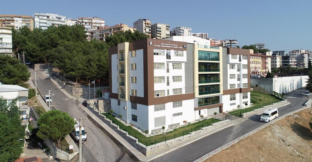 Karabağlar Belediyesi'nin 274 Yataklı Kız Öğrenci Yurdu Açılıyor