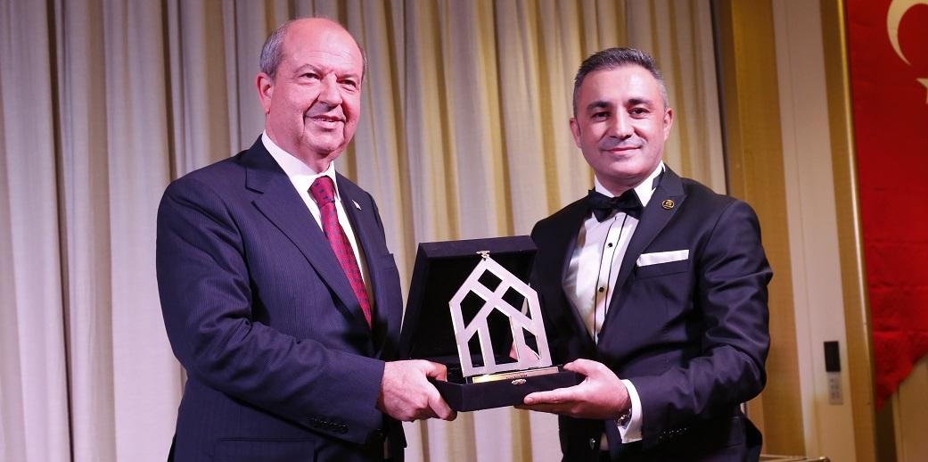 KKTC Başbakanı Ersin Tatar Emlakçılarla Buluştu