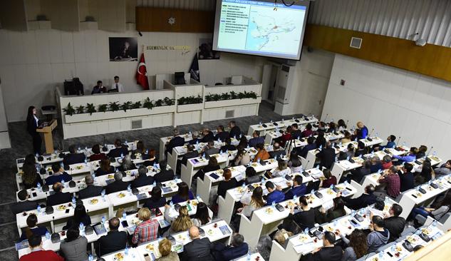 İzmir'in 25000'lik Planları Belediye Başkanlarıyla Paylaşıldı