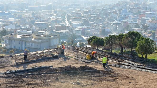 Çiğli'nin Seyir Teraslı Parkında İnşaat Sürüyor