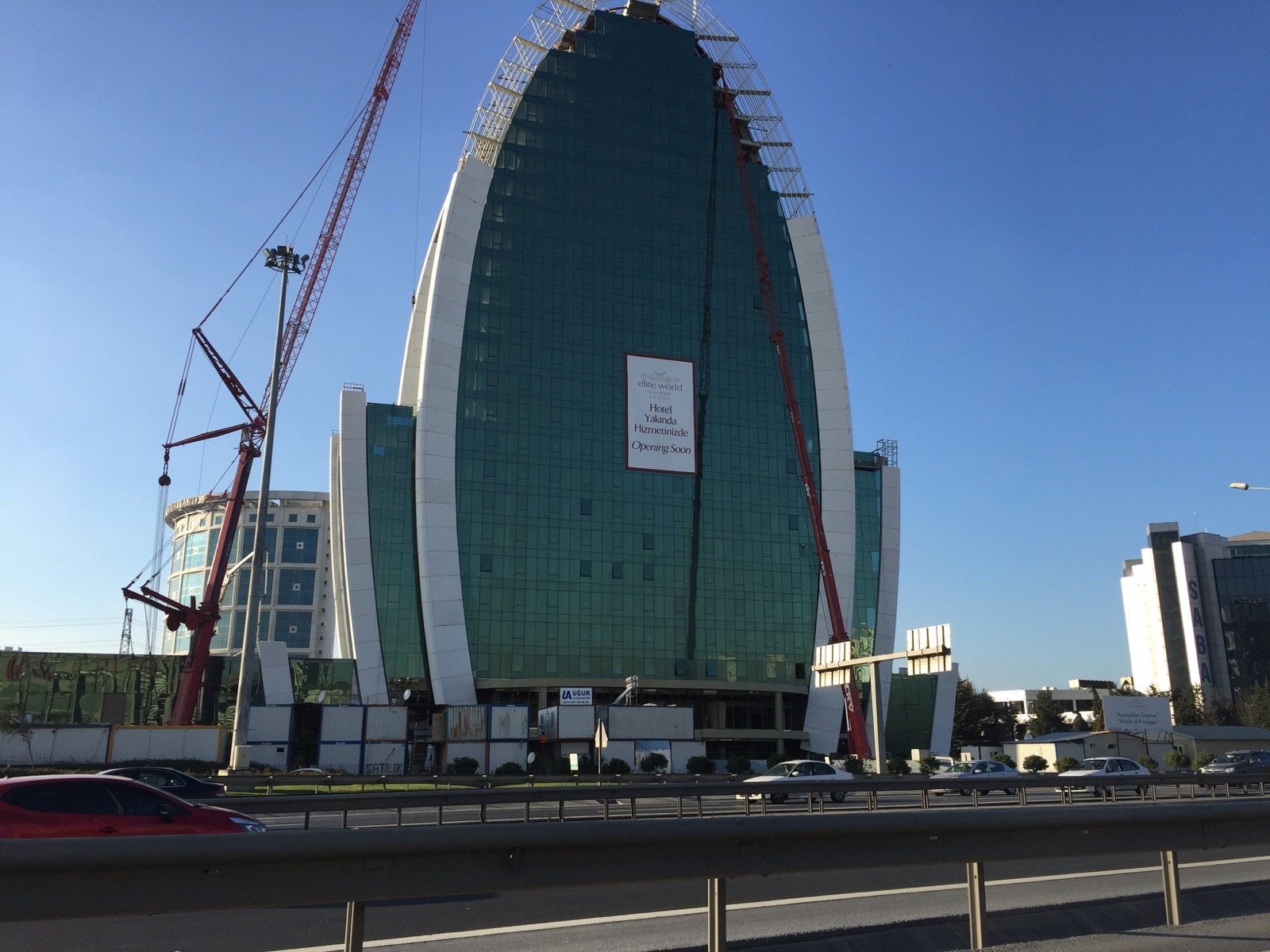 Elite World Europe Otel, 120 Milyon Dolarlık Yatırımla Açıldı!