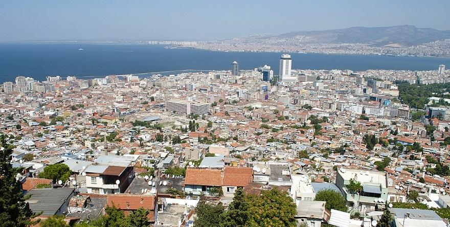 İzmir'in 1/100.000'lik Planları Mahkemelik Oluyor