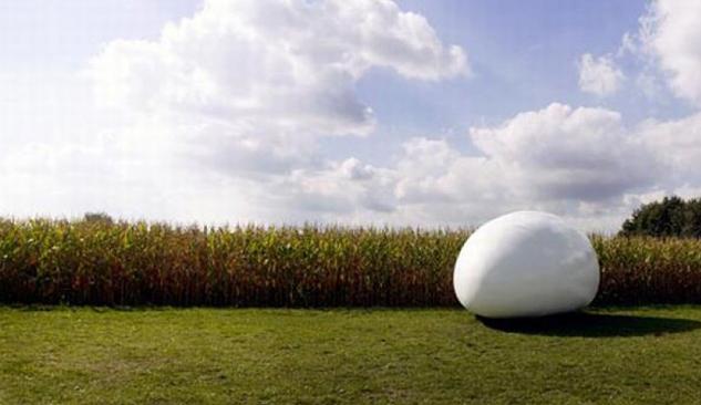 Belçika'da Yumurta Şeklinde Ev Tasarlandı