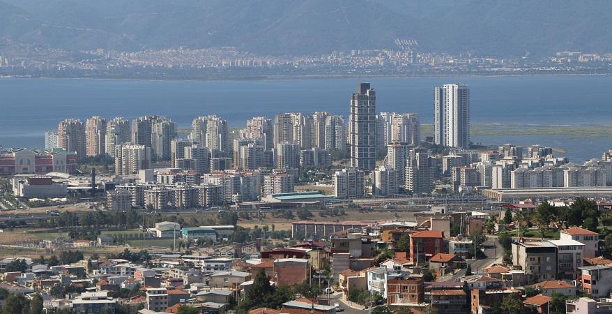 İzmir'de Yeni Konut Projelerine İhtiyaç Var