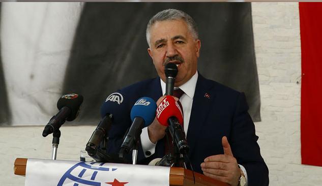 Bakan Arslan İzmir'deki Yatırımları Anlattı