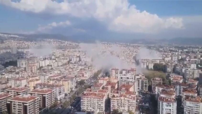 İzmir'de Yasal Hale Gelen 811 Bin Kaçak Yapı Yeniden Gündemde