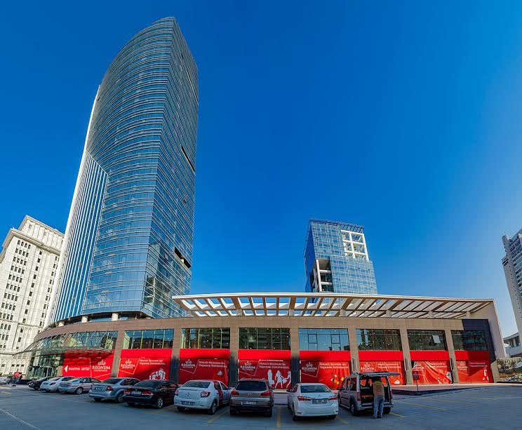 Sky Tower'ın Cadde Mağazaları Çukurambar'ın Değerini Artıracak