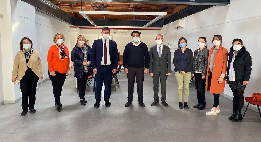 Karşıyaka'da Dönüşmesi Gereken 10 Bin Eski Bina Var