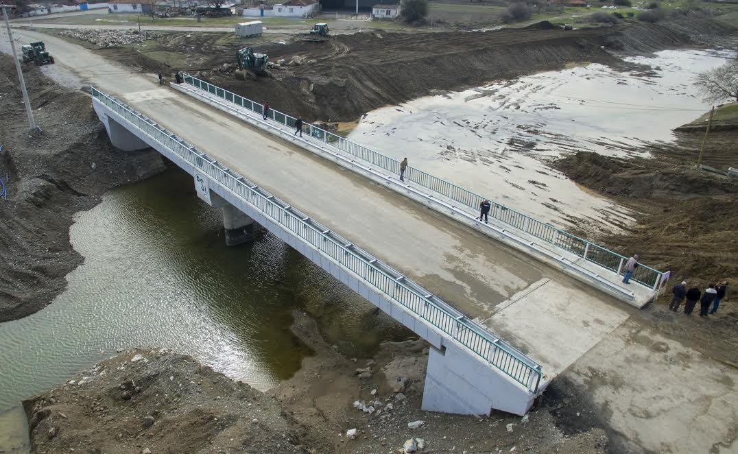 Kınık'ta Kullanılamayan Köprü 2 Milyon Liraya Yenilendi