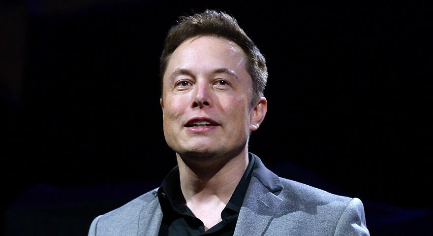 Elon Musk 3 Evini 40 Milyon Dolara Sattı