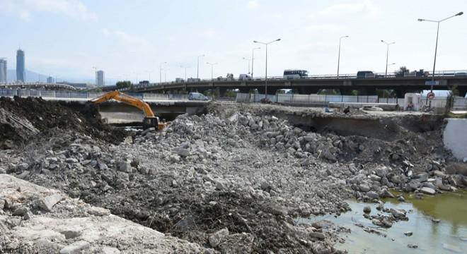 Meles Köprüsü Yıkıldı!