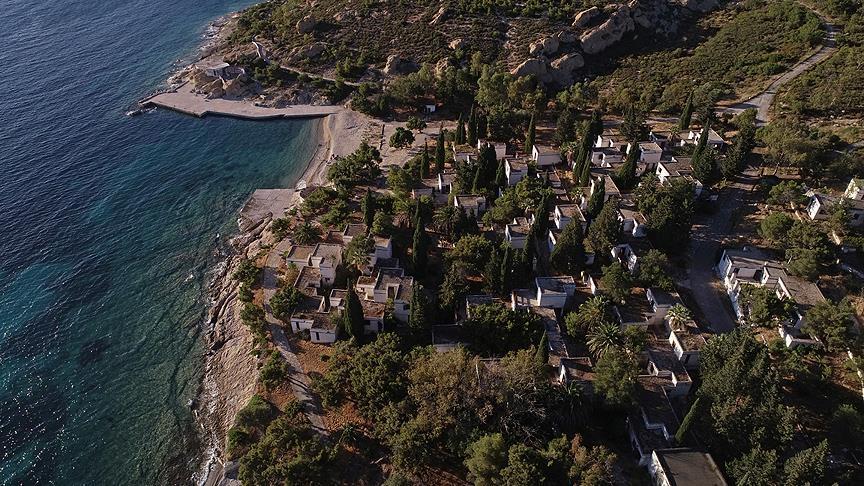 Foça Fransız Tatil Köyü Satışa Çıktı!