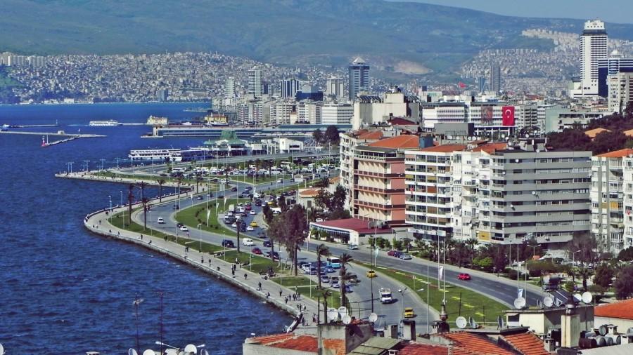 İzmir'in 3 ilçesinde Yeni İmar Planları Askıya Çıktı