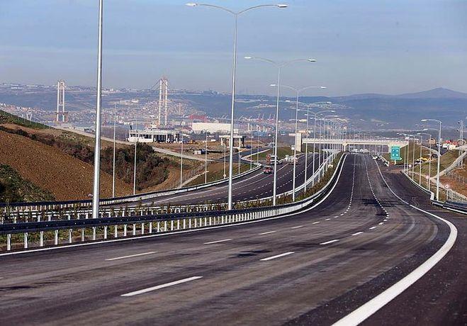İzmir-İstanbul Otoyolunda Bir Kavşak Daha Trafiğe AÇılıyor