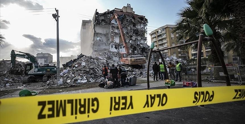 İzmir Depreminde Yıkılan Binalarla İlgili 22 Kişi Hakkında Gözaltı Kararı