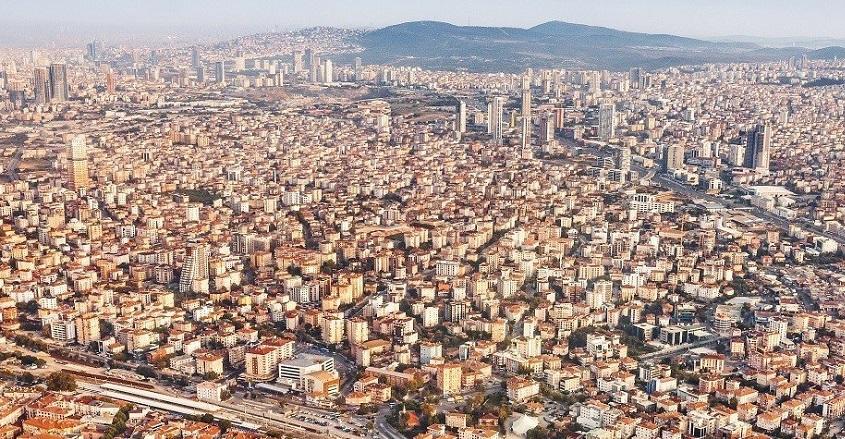 İstanbul'da 300 Bin Konutun Acil Dönüşmesi Gerekiyor