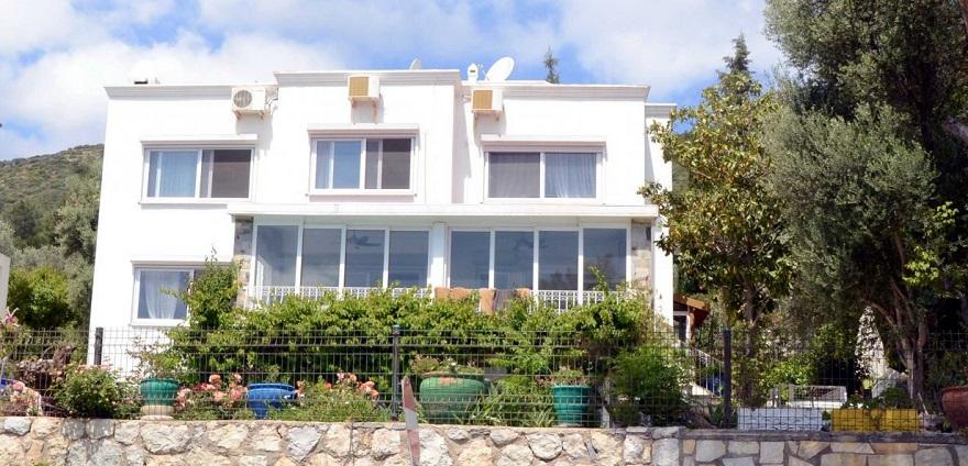 Fatma Girik Bodrum'daki Villasını 32 Milyon TL'ye Satıyor!