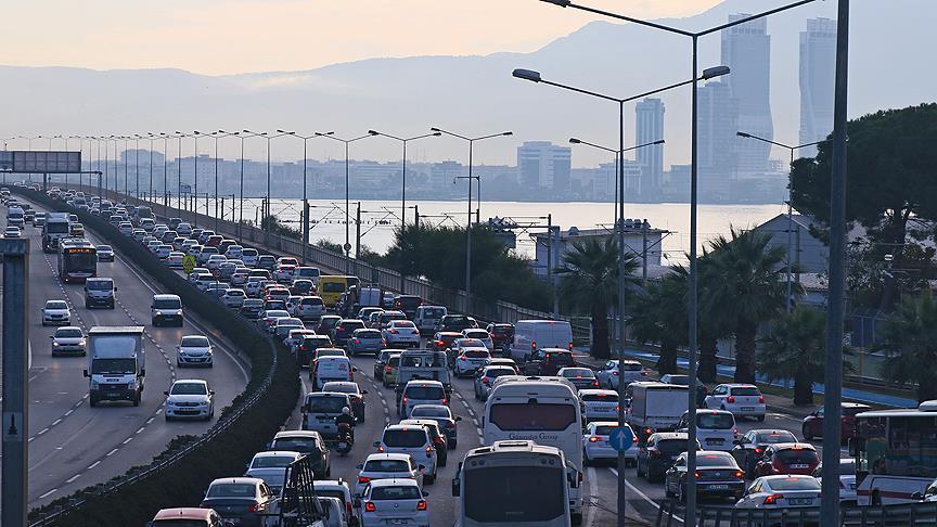 İzmir'in Trafik Sorunu Nasıl Çözülecek?