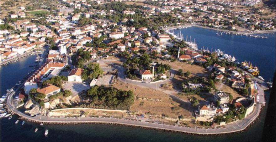 Foça'nın Koruma Amaçlı İmar Planlarını İlçe Belediyesi Hazırladı, Bakanlık Onayladı, Büyükşehir Dava Açtı