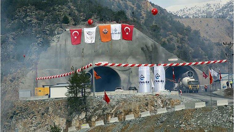 Yeni Zigana Tüneli'nin Temel Atma Töreni Düzenlendi