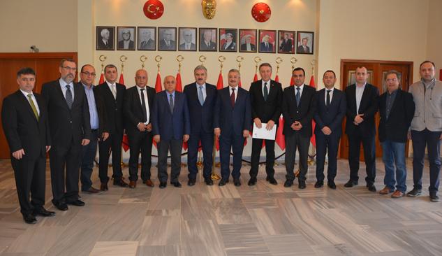 Müteahhitler Federasyonu Şehit Fethi Sekin'in Ailesine Ev Hediye Etti