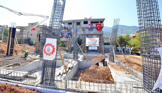 Pınarbaşı Kültür Merkezi'nin Temeli Atıldı